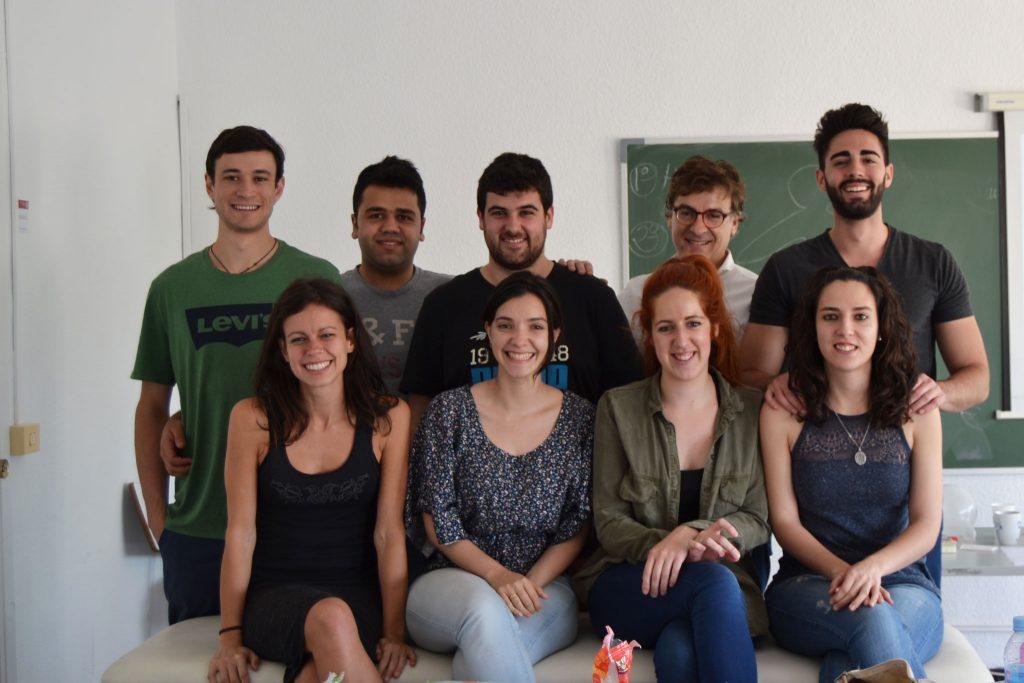 Los alumnos de 2º con el profesor José Luis Pérez Batlle, Director del Instituto Upledger en España, durante el seminario de Introducción a la Liberación Cráneo-Sacral